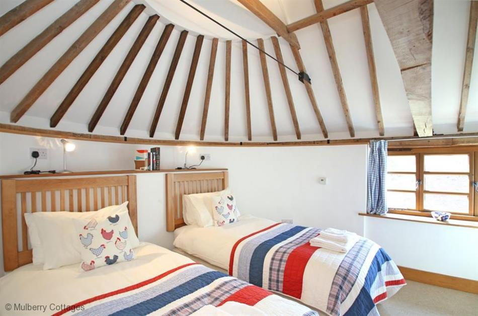 Bedroom in Mallingdown Farm, Piltdown