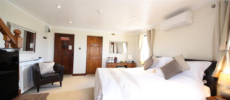 Bedroom in Needles View, Chale Bay Farm