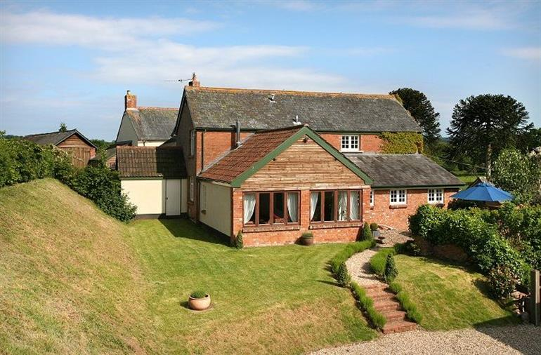 Apple Mill In Venn Ottery Sidmouth With Hot Tub Cottage Holidays Sidmouth