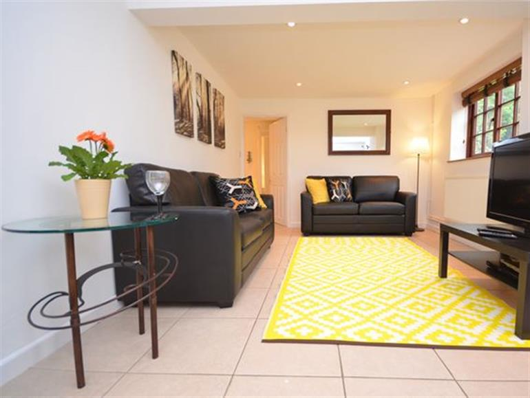 Cottage In Aylsham Norwich Pet Friendly With Hot Tub