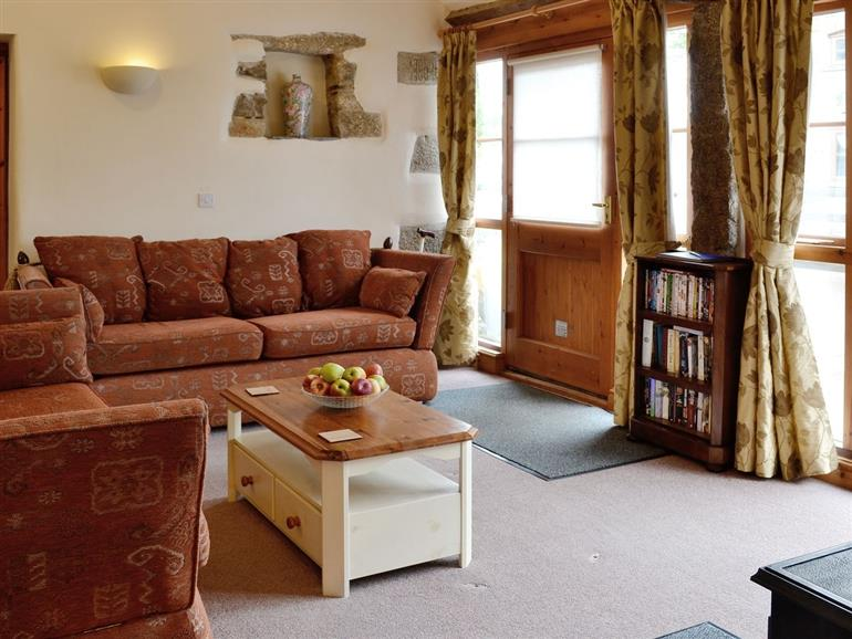 buttercups ref w43931 in north hill nr launceston cottage weekend and short breaks at