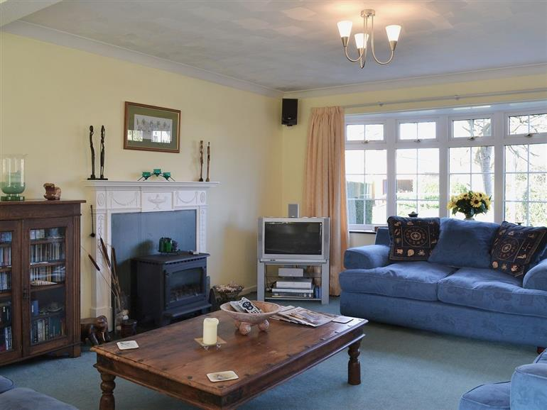 Living room in Dinsel, Upton
