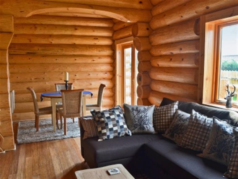 Fir Tree Lodge (Ref : 30343) in Groesffordd Marli, nr. Abergele Pet Friendly with hot tub ...