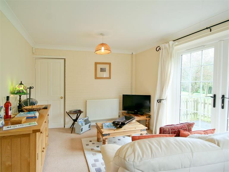Living room in Linda's Lodge, Suffolk