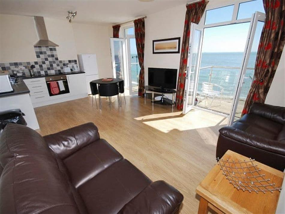 Living room in Sunny Beach Apartment, Shanklin