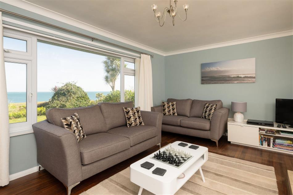 Living room in The Warren, Beesands