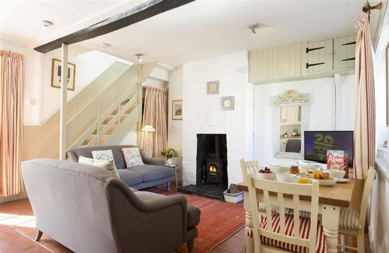 Living room in Yewtree Cottage, Leominster
