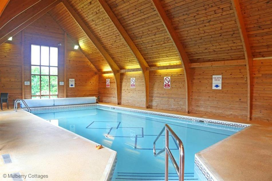 The Goat Herd In Nr Sudbury Suffolk Pet Friendly With Hot Tub Cottage Holidays Suffolk