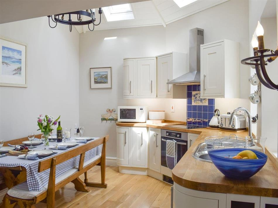 The kitchen in Balmerino Cottages - Auchenblae, Kirkton of Balmerino, near St Andrews