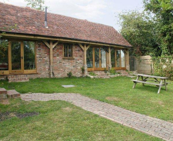 The Mews House In Burwash Near Royal Tunbridge Wells Sleeping 16 People With A Swimming Pool