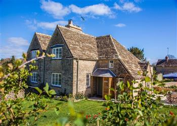 Apsley Cottage, Nr Cirencester, Gloucestershire