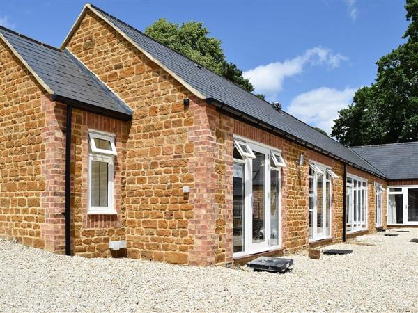 Bay Tree Cottage Accommodation - Bakers Den, Northamptonshire