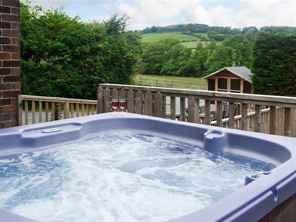 Bevan House, Hundred House, near Builth Wells, Powys with hot tub