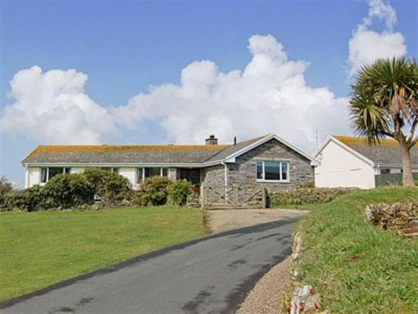 Bungalow, Cornwall
