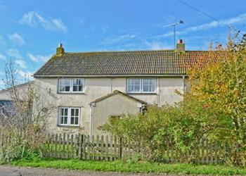 Cotmarsh Cottage in Cotmarsh, near Royal Wootton Bassett