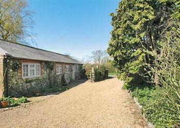 Cottage Holidays near Coach House cottage in Littlehampton, West Sussex, ..