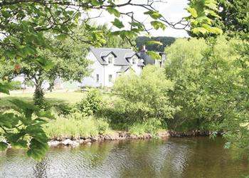 Earnside Cottage, Crieff, Perthshire
