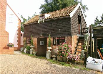 Field Mouse Cottage, Halesworth, Suffolk