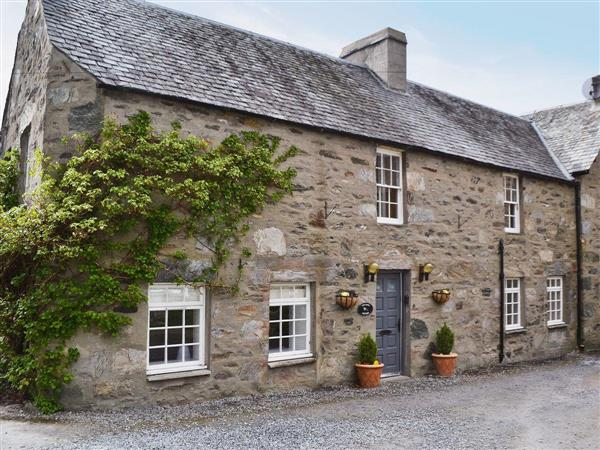 Foxlands Cottage Ref Uas In Aberfeldy Perthshire Pet Friendly Cottage Weekend And Short