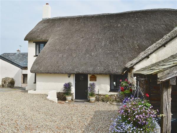 Happy Cottage Ref 29031 In North Tawton Nr