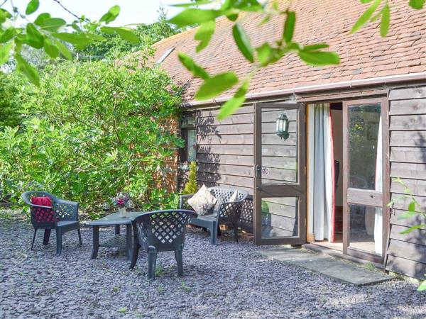 High House Holiday Cottages - Wheelwrights, Hooe, near Battle, East Sussex