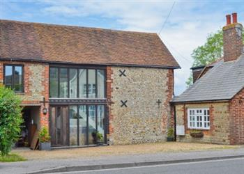 Jolly Fisherman Cottage in Sidlesham, near Chichester