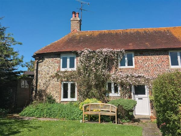 Holiday cottages M-N - self catering country holiday cottages