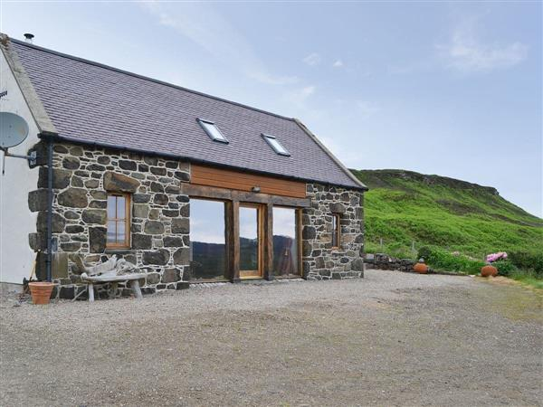 Osdale Cottages - Hen Harrier View, Dunvegan, near Portree, Isle Of Skye