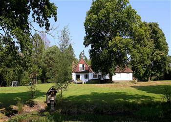 Corner Cottage In Toys Hill Near Westerham Kent Try These Other
