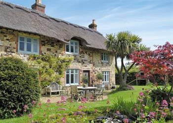 Priory Cottage in Freshwater - Isle of Wight