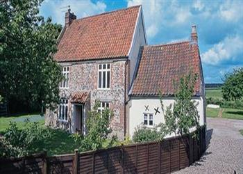 Riverside House Ref Ced In Old Costessey Nr Norwich Norfolk Pet Friendly Cottage