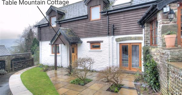 Table Mountain Cottage, Usk & Wye Valley