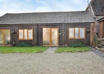 The Victorian Barn and Dairy House Farm Cottages - The Stable, Woolland, nr. Blandford Forum, Dorset with hot tub