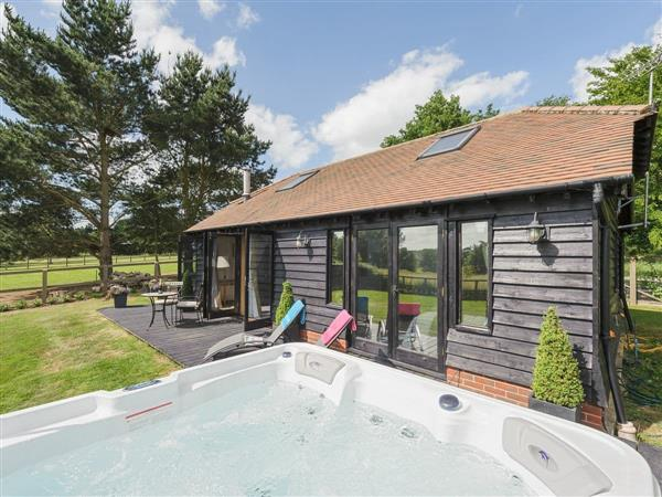 Toad Hall Cottage, White Colne, near Colchester, Essex with hot tub
