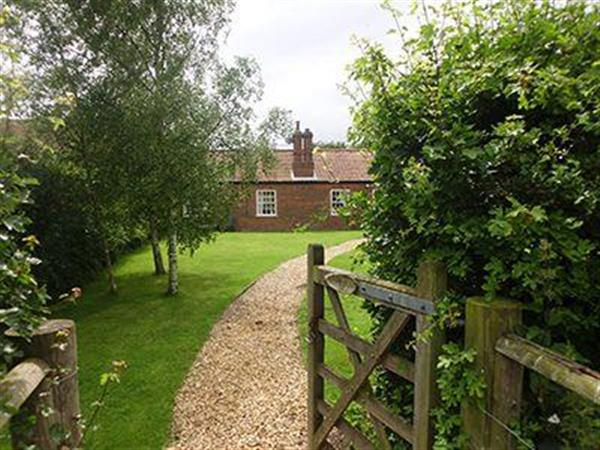 Wensum View Cottage in Great Ryburgh near Fakenham