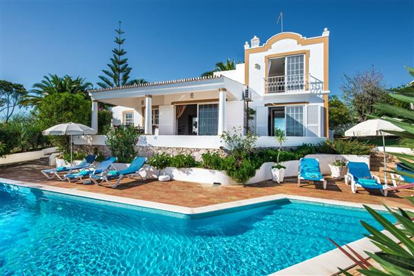 Casa Triangulo, Gale, Algarve With Swimming Pool