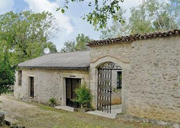Courtyard Cottage, Mauroux, Lot, France