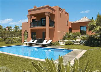 Villa Amendoeira Grande, Amendoeira Golf Resort, Algarve, Portugal With Swimming Pool