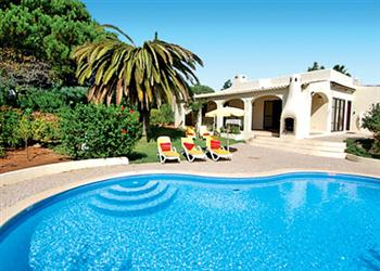Villa Buddleia, Quinta do Paraiso, Algarve, Portugal With Swimming Pool