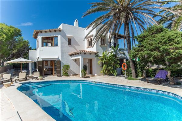 Villa El Delfin, Cala d'Or, Mallorca With Swimming Pool