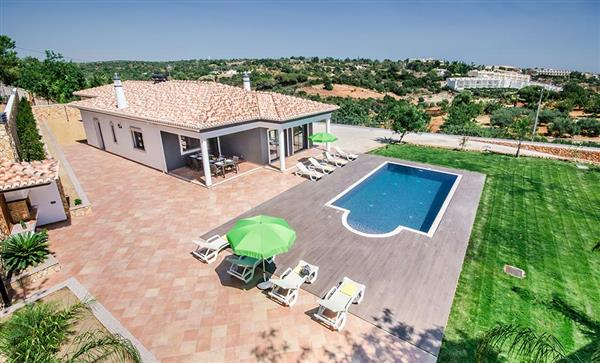 Villa Teo Doro, Gale, Algarve With Swimming Pool
