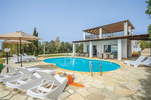 Villa Thalassa, Coral Bay, Cyprus With Swimming Pool