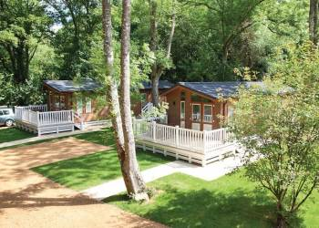 Canford Premier Lodge 3, Broadstone, Dorset with hot tub