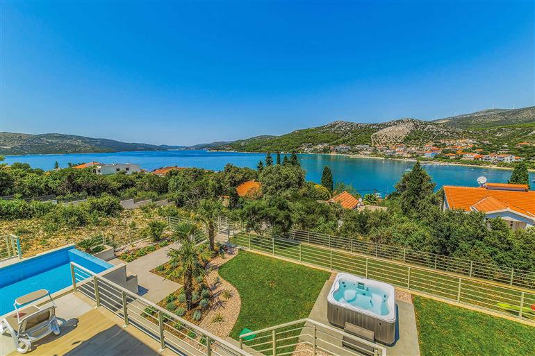 Setting and views at Villa Harbour View, Trogir, Croatia