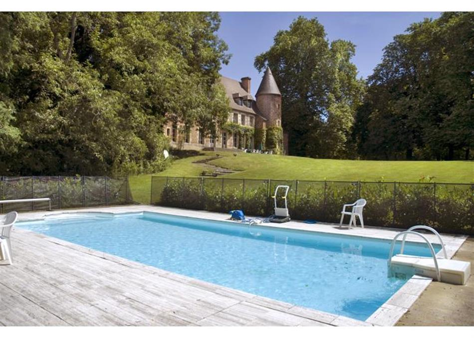 Swimming pool at Chateau Du Marquis De Tracy, France