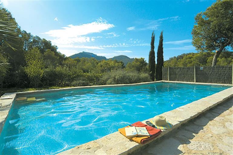 Swimming pool at Villa Binifarda, Felanitx Mallorca