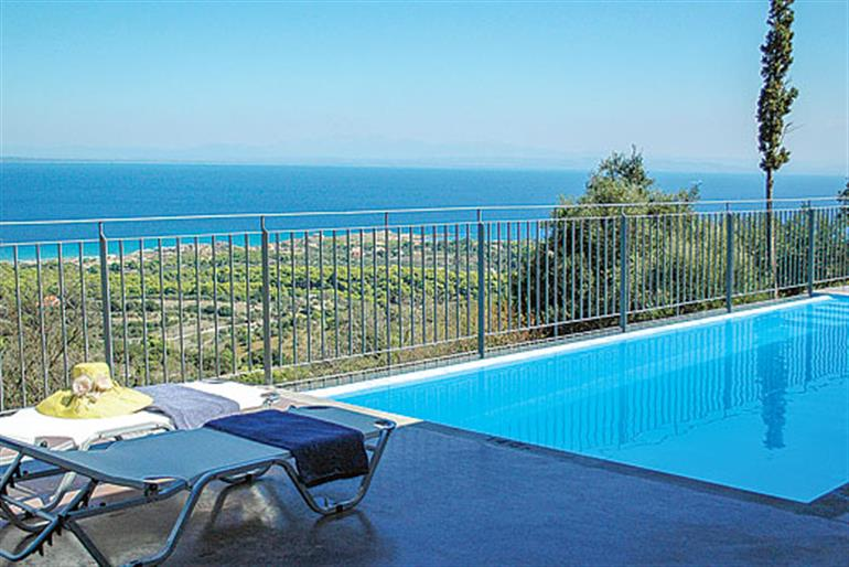 Villa Strati Ref 9281 In Zakynthos With Swimming Pool Villas In Vassilikos For Couples